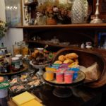 Jambo Guest House Breakfast Room
