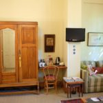 Jambo Guest House Rose Room